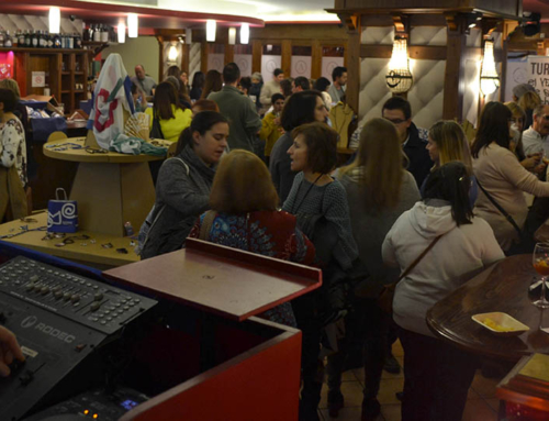 Fundación CEDES y Turmeon brindan por la inclusión en el estreno de la campaña de Navidad de Mos