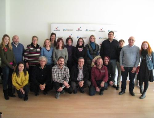 Empleo centrado en las personas: Mapiser y Arapack reciben la visita de una veintena de entidades sociales con motivo de su 20 aniversario