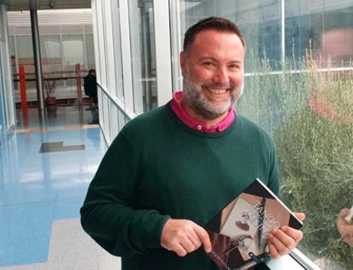 """El periodista Javier Vázquez presenta su primera novela """"Tango para una asesina"""""""